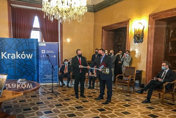 Krakowski-tramwaj-podpisanie-umowy-1
